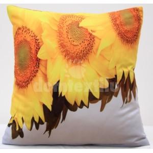 Obliečky na vankúše bielej farby s motívom slnečníc