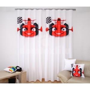 Biely záves do detskej  izby s červenou formulkou so štartovacou vlajkou