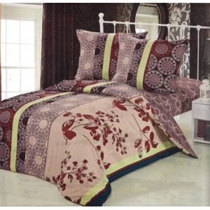 Béžovo hnedé obliečky na posteľ s rôznymi vzormi