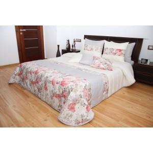 Prehoz na posteľ krémovej farby s ružami