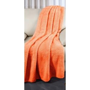 Prehoz cez gauč oranžovej farby