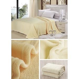 Luxusné deky v ecru farbe