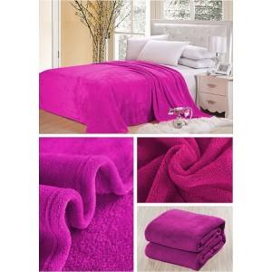 Teplá deka cyklamenovej farby