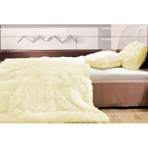 Vanilkové plyšové prehozy, deky na posteľ
