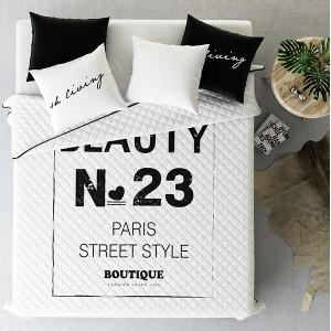 Biele prehozy na posteľ street style