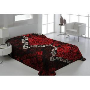 Dekoračná deka čiernej farby s ornamentami