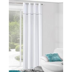 Hotové závesy do okien bielej farby s kamienkami