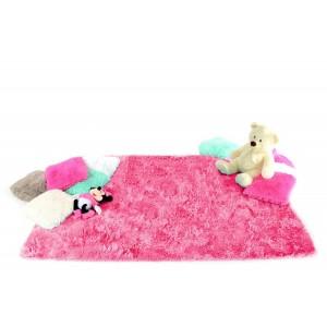 Detský plyšový koberec ružovej farby