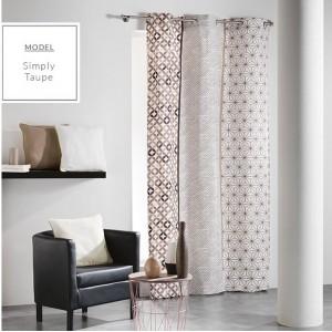 Béžové škandinávske závesy na okno so vzormi