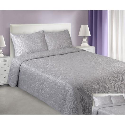 Strieborné prehozy na posteľ s prešívaným motívom