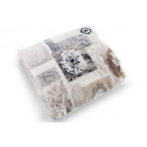 Krémové deky a prikrývky na posteľ so vzorom