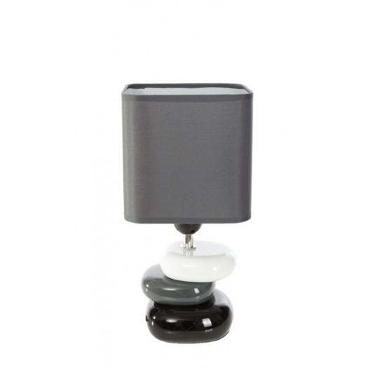 Lampa na nočný stolík v modernom dizajne