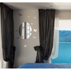 Nástenné ozdobné zrkadlo s motýľmi