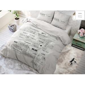 Kvalitné sivé posteľné obliečky s nápismi