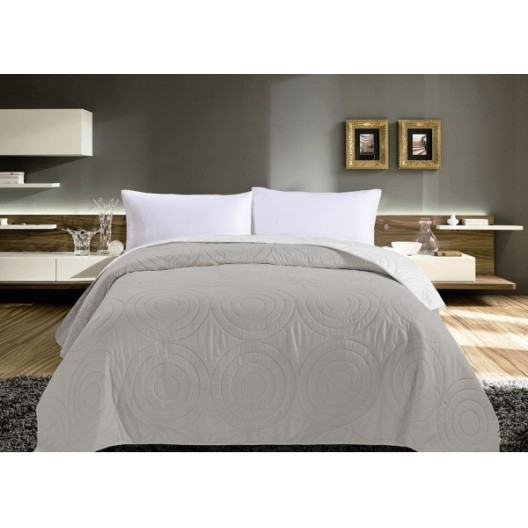 Sivý obojstranný prehoz na posteľ s kruhmi