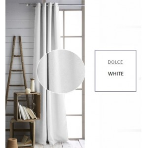 Biely záves do obývačky