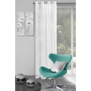 Elegantné biele závesy do interiéru