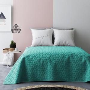 Zeleno sivé obojstranné prehozy na posteľ s prešívaným vzorom