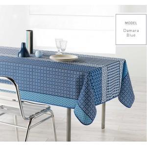 Praktický modrý obrus na kuchynský stôl