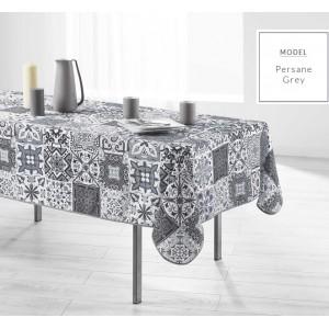 Sivý obrus na obdĺžnikový stôl