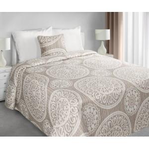 Béžové prehozy na manželskú posteľ s ornamentom