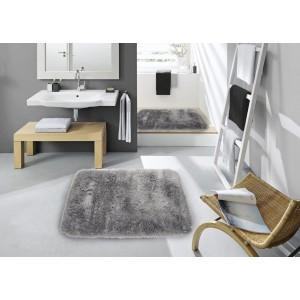 Svetlo sivý kúpeľňový koberec