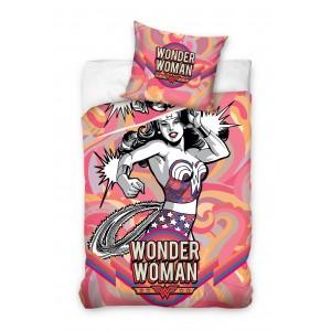 Farebné detské posteľné obliečky s motívom Wonder Woman