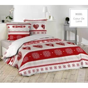 Vianočné posteľné obliečky béžovo červenej farby so srdiečkami