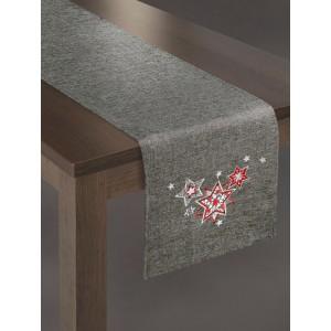 Dekoračný strieborný behúň na vianočný stôl s červenými hviezdami
