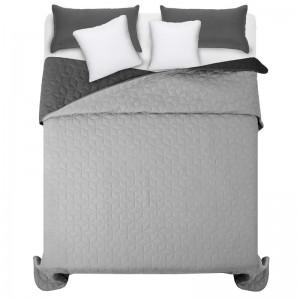 Sivý obojstranný prehoz na posteľ s prešívaním