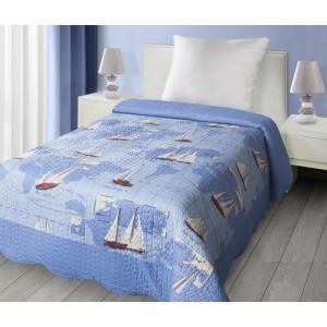 Obojstranný modrý prehoz na posteľ s loďkami
