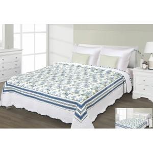 Prehoz na posteľ bielej farby s modrým motívom