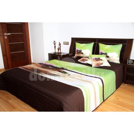 Hnedo zelený prehoz na posteľ s motívom orchideí