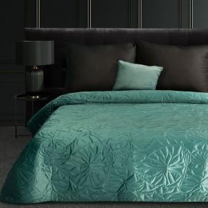 Luxusný zelený zamatový prehoz na posteľ s ľaliou prešívaný metódou hot press