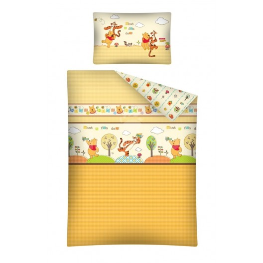 Oranžová obliečka na posteľ s detským motívom macko Pu