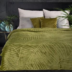 Krásna olivovo zelená deka s motívom zlatých banánových listov 150 x 200 cm