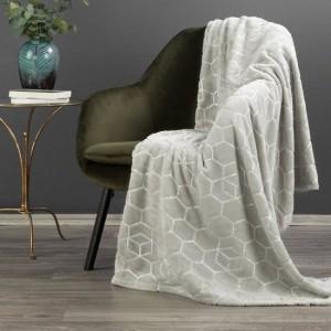 Svetlo sivá deka príjemná na dotyk s lesklou striebornou potlačou 150 x 200 cm