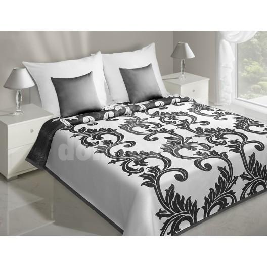 Prehoz na posteľ bielej farby s čiernym ornamentom