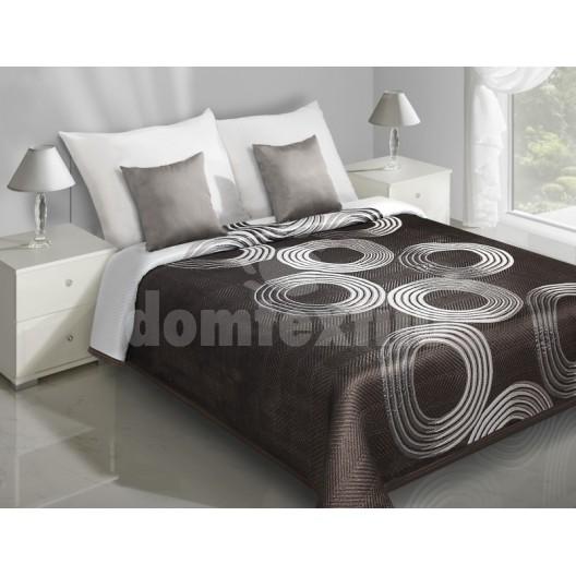 Prehozy na posteľ hnedej farby s bielymi kruhmi