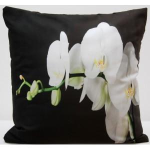 Čierna obliečka na vankúš rozmer 50 x 60cm s bielou orchideou