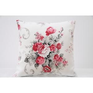 Biela dekoračná obliečka na vankúš vintage s červenou kyticou kvetov