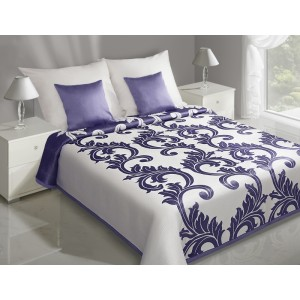 Elegantný obojstranný prehoz na manželskú posteľ s ornamentom