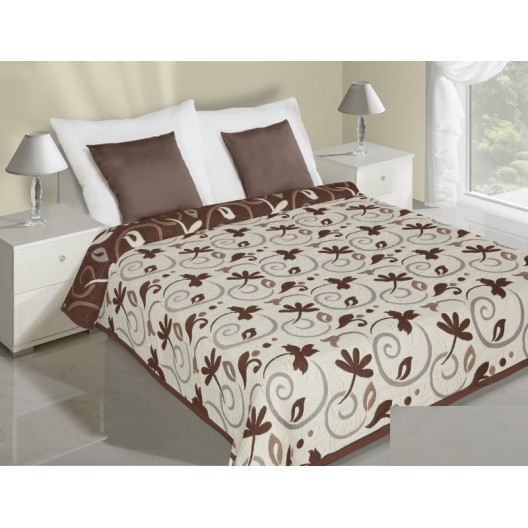 Obojstranné prehozy na posteľ krémovej farby s hnedými vzormi