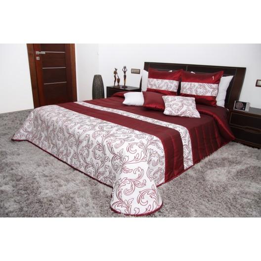 Prehoz na posteľ červenej farby