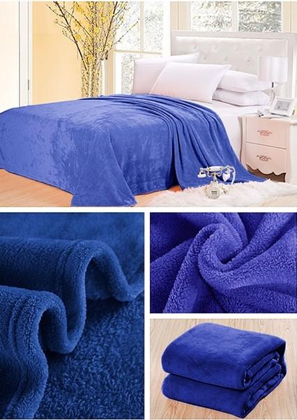 DomTextilu Teplé deky svetlo modrej farby 5266-15590 160 x 210 cm Bez motívu Modrá