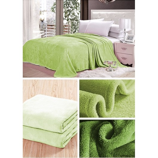 Hnedá deka do obývačky svetlo zelenej farby