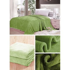 Dekoratívne deky a prikrývky olivovej farby