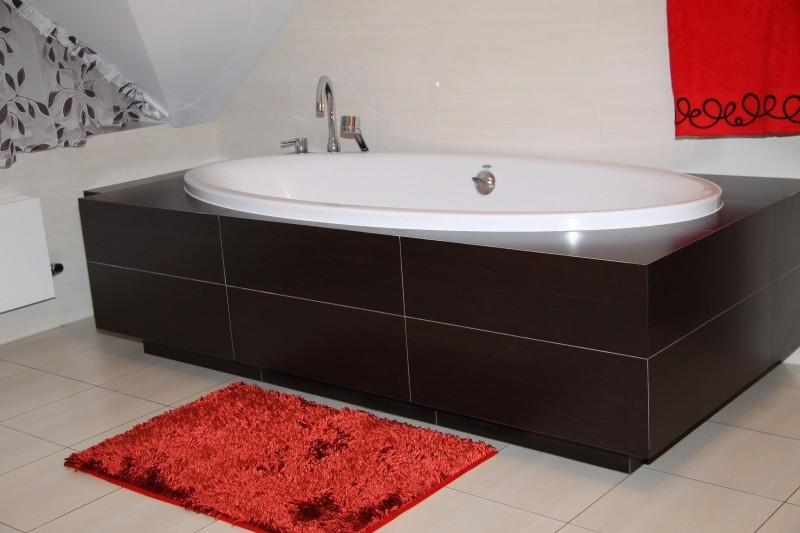 DomTextilu Moderná kúpeľňová predložka červenej farby 5339-14330
