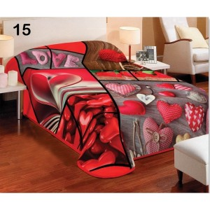 Srdcová červená deka na gauč