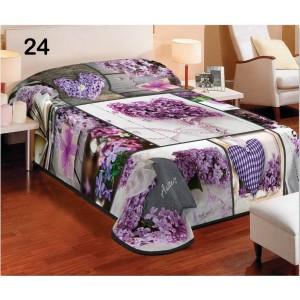 Dekoratívne deky a prikrývky fialovej farby so srdcami a kvetmi